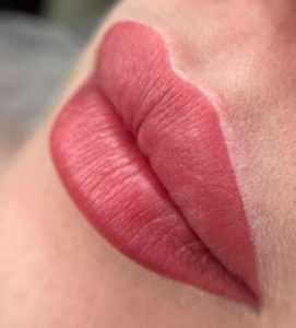 перманентный макияж губ Архангельск